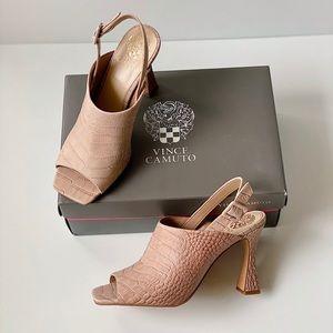✨New VINCE CAMUTO Releen Croc Leather Heel Sandals